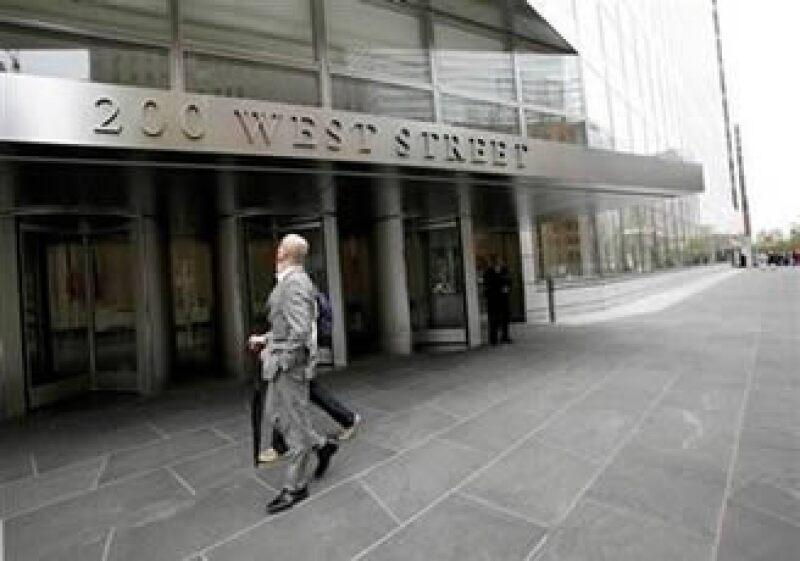 Goldman es investigado en Estados Unidos por un producto financiero ligado a hipotecas de alto riesgo. (Foto: Reuters)