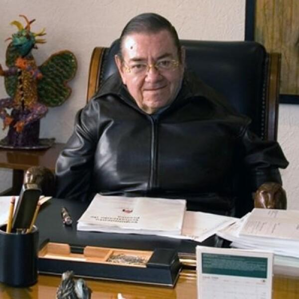 Postulado por el Partido Democracia Social, fue cuarto lugar en la elección del año 2000. Dirigió la Conapred a invitación de Vicente Fox y falleció en agosto de 2008.