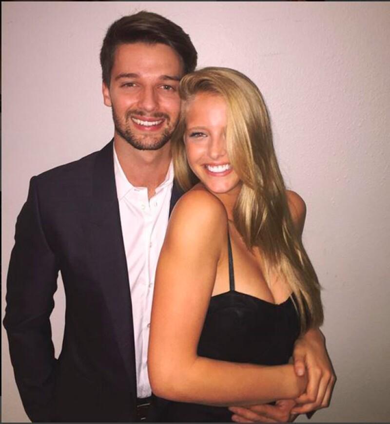 El hijo del actor ya no oculta su amor con la modelo Abby Champion.
