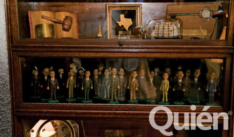 Fox tiene una colección de muñequitos de los presidentes de México, en los que se encuentra él.