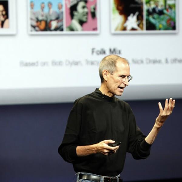 El director de Apple ya recuperado dio el miércoles una presentación de productos de San Francisco donde destacó el iPod Nano con cámara de video. La empresa lanzó además otras novedades como el iTunes LP y precios más bajos para los iPods.
