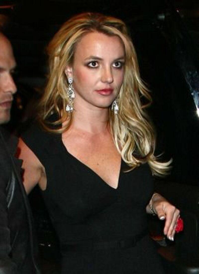 La cantante entregó el dinero a la institución en Nueva York para apoyar su programa musical.