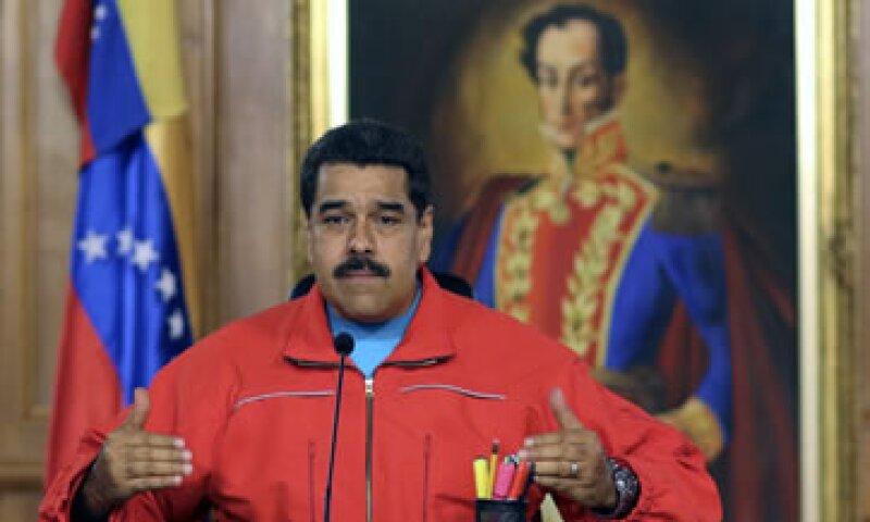 El mandatario venezolano anunció que renovará la ley laboral para que los empleados no puedan ser despedidos sin autorización gubernamental (Foto: AFP/Archivo )