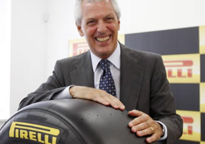 Tener pasión por el trabajo y aceptar que un líder no puede hacer todo él solo, son las claves del éxito para Marco Tronchetti, CEO de Pirelli. (Foto: AP)