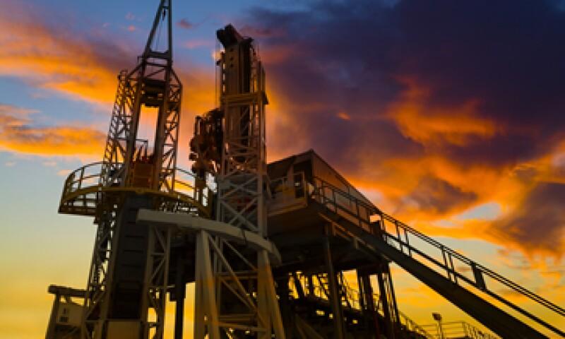 Los precios del petróleo tocaron este lunes mínimos desde inicios de 2009. (Foto: Reuters)