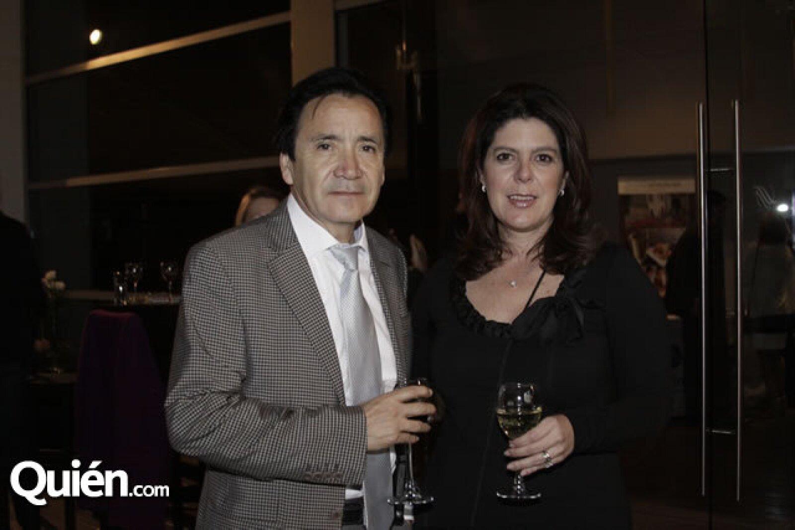 Raúl Estrada y Paola Prieto