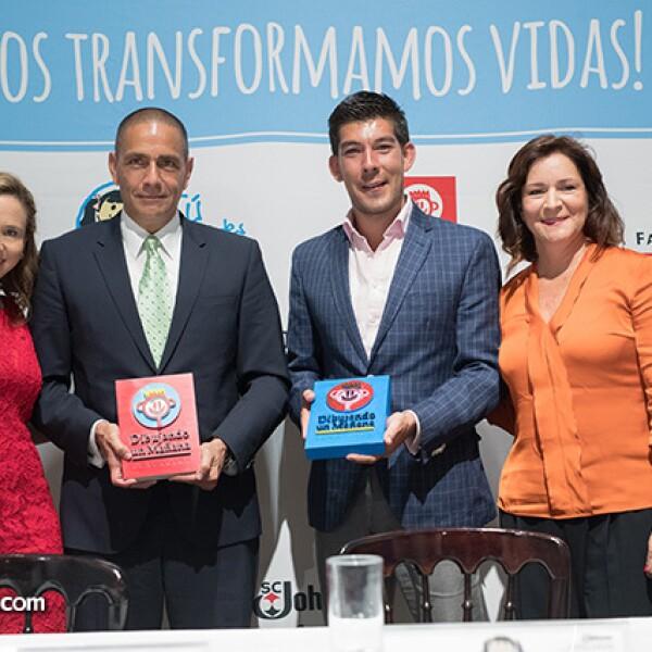 Katty Beltrán, Luis Manuel Hernández, Manuel López San Martín y Andrea González