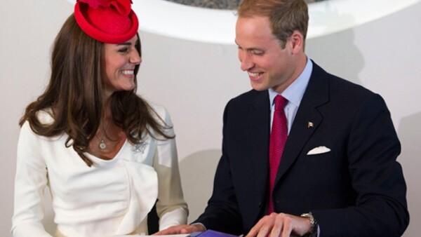 Los Duques de Cambridge causaron gran revuelo en su visita a Canadá, en donde se reunieron con el primer ministro Stephen Harper.