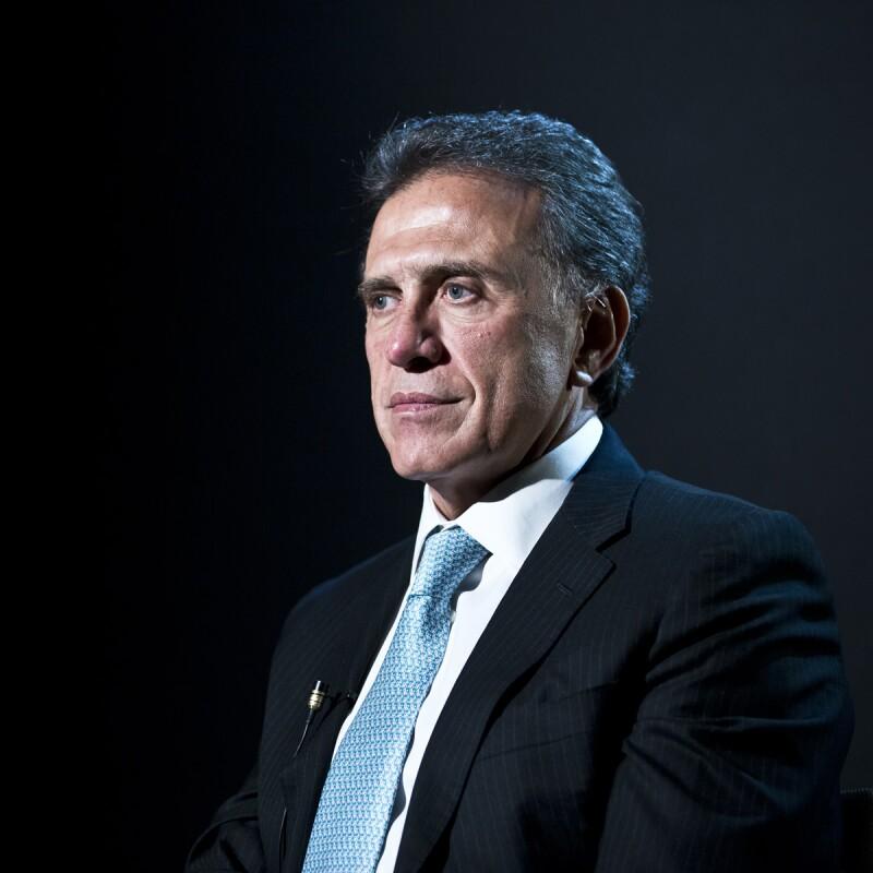 El panista Miguel Ángel Yunes Linares advierte que cuenta con más elementos contra el gobernador de Veracruz, Javier Duarte.