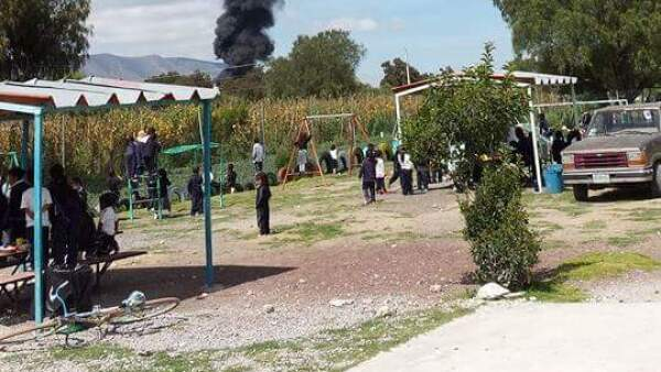 Explota ducto en Palmar de Bravo. Familias fueron desalojadas.