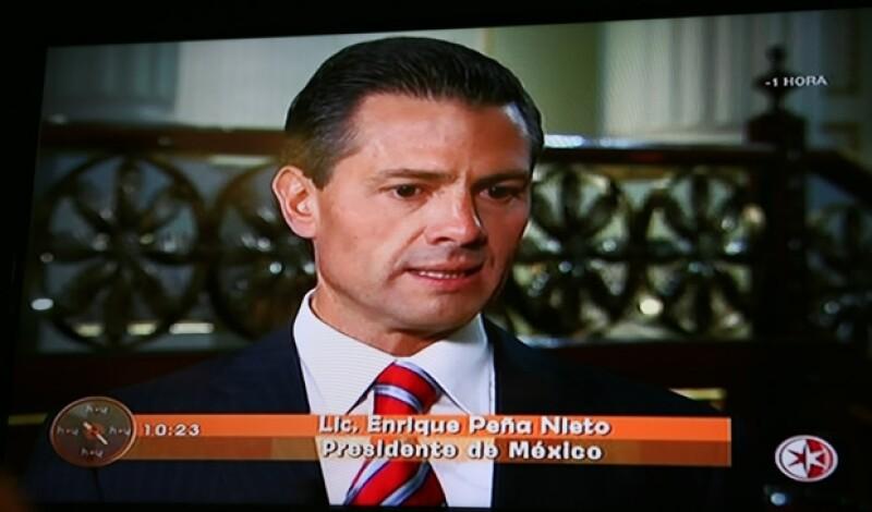 """A pesar de que la televisión """"engorda"""" 10 kilos, es evidente que Peña Nieto ha perdido peso en los últimos meses."""