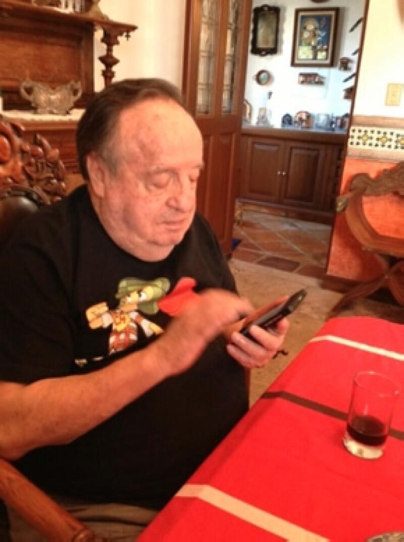 Chespirito se unió a Twitter en 2011 y es uno de los mexicanos con más seguidores, tienen más de 5 millones y medio.