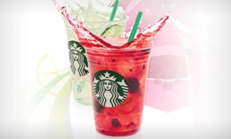 La oferta de productos de Starbucks integra al café en sus diferentes versiones, pan, sandwiches, jugos y ahora bebidas refrescantes. (Foto: Cortesía de Starbucks México)