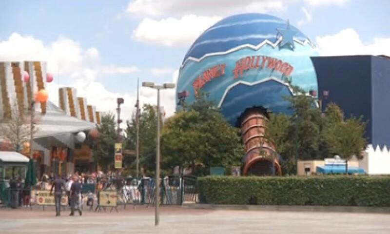 La Comisión Europea se ha asociado con las autoridades de Francia para investigar más a Disneyland París. (Foto: tomada de Reuters )
