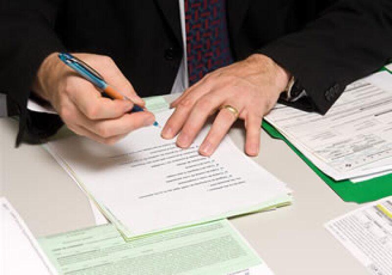 Una buena opción es separar los documentos por temas. (Foto: Jupiter Images)