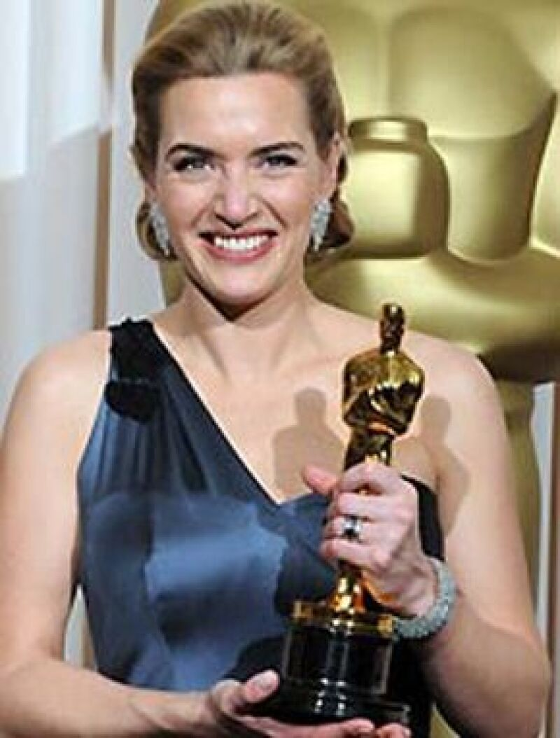 La actriz se llevó el premio a Mejor Actriz por su papel en The Reader.