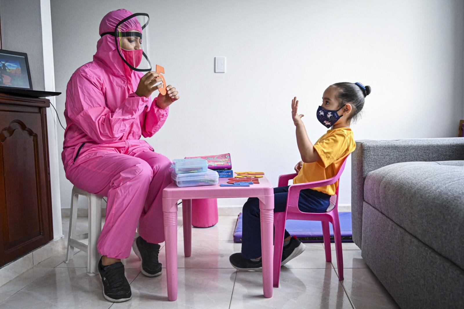 COLOMBIA-HEALTH-VIRUS-EDUCATION