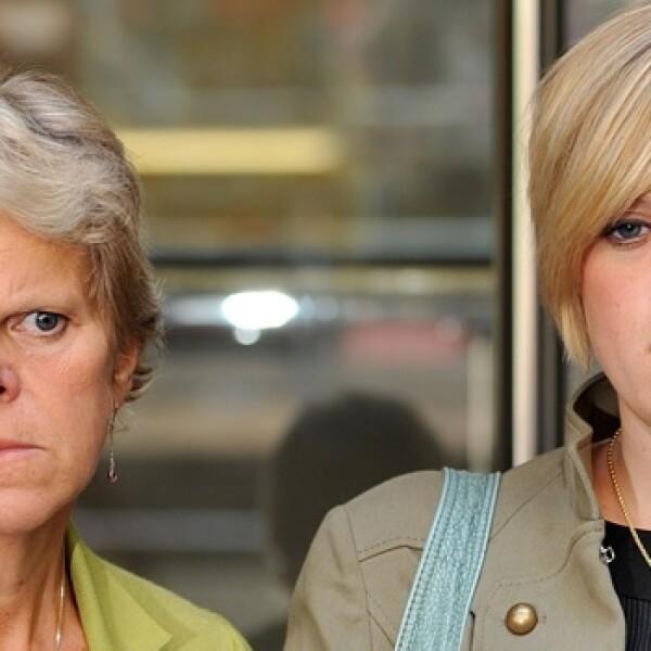 Murdoch - Sally y Gemma - mamá y hemana de Milly Dowler