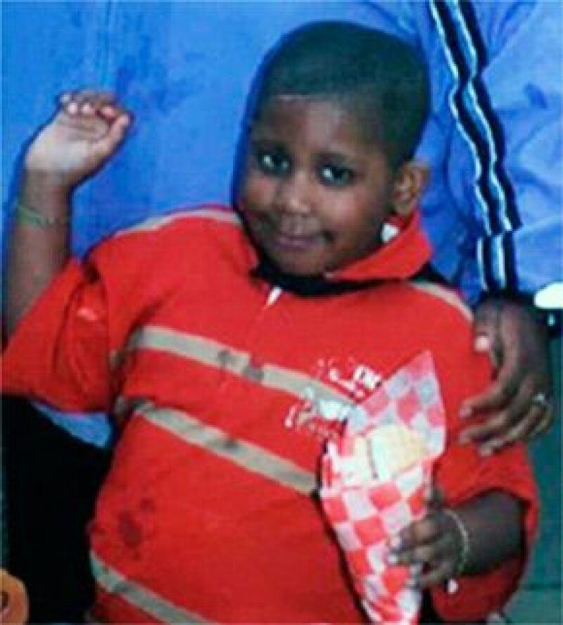 El cadáver de un niño encontrado en una camioneta deportiva fue identificado por la actriz y cantante como el del hijo de su hermana Julia.