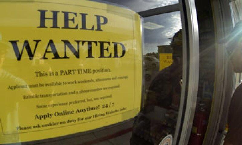 El reporte de empleo se divulgó más de dos semanas después de lo previsto ante la disputa presupuestaria en EU. (Foto: Reuters)