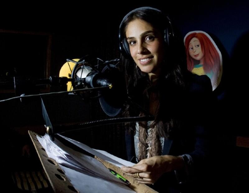 """La actriz y cantante mexicana, quien prestó su voz para la cinta animada """"El Lorax"""", compartió créditos con la veracruzana."""