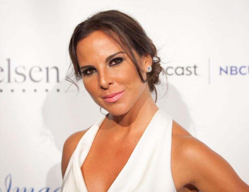 """Verónica del Castillo, hermana de la actriz, declaró que la ex de Aarón Díaz  """"vive en libertad y sola, luego de concretar su divorcio""""."""
