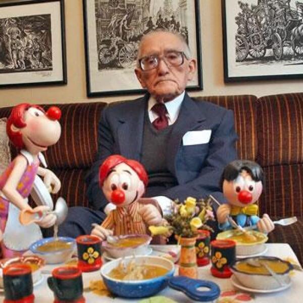 Vargas con sus personajes