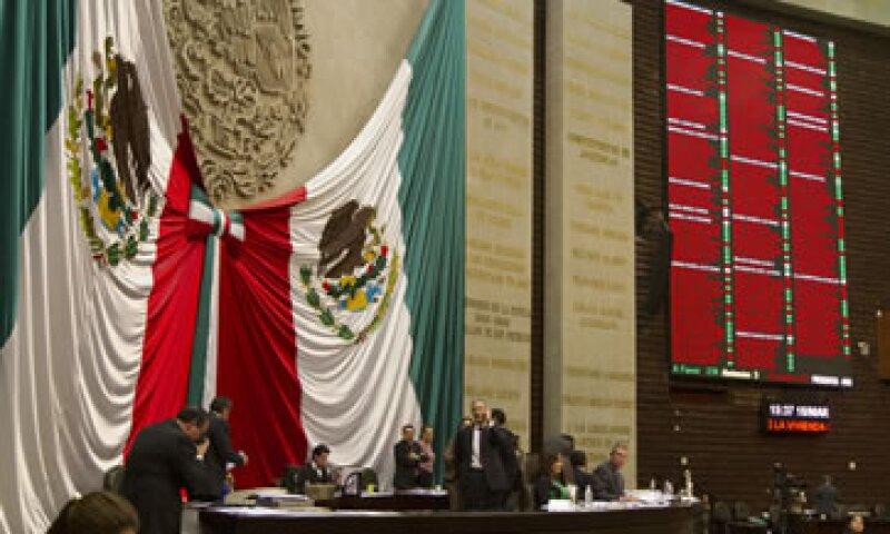 El documento que dispute la Cámara baja contiene 90 modificaciones a la iniciativa remitida por el Gobierno. (Foto: Especial)