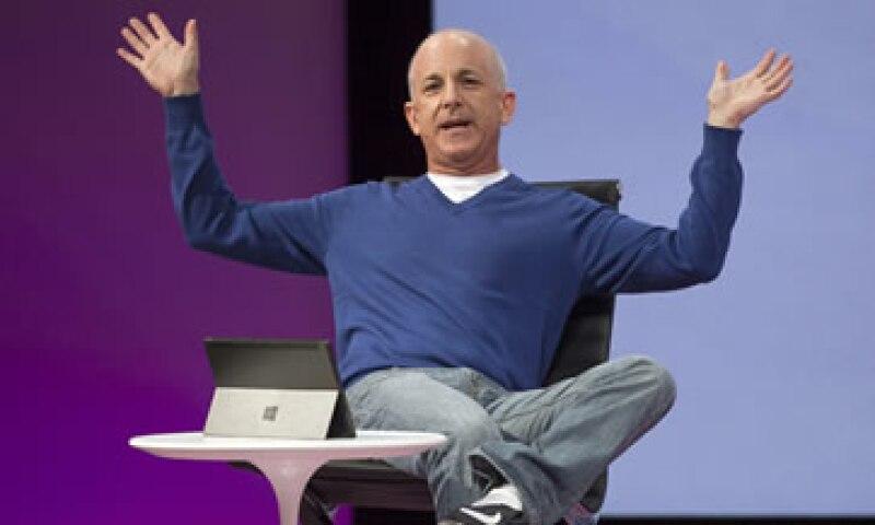 Sinofsky participó en el lanzamiento del sistema operativo Windows 8 en Nueva York el mes pasado. (Foto: AP)