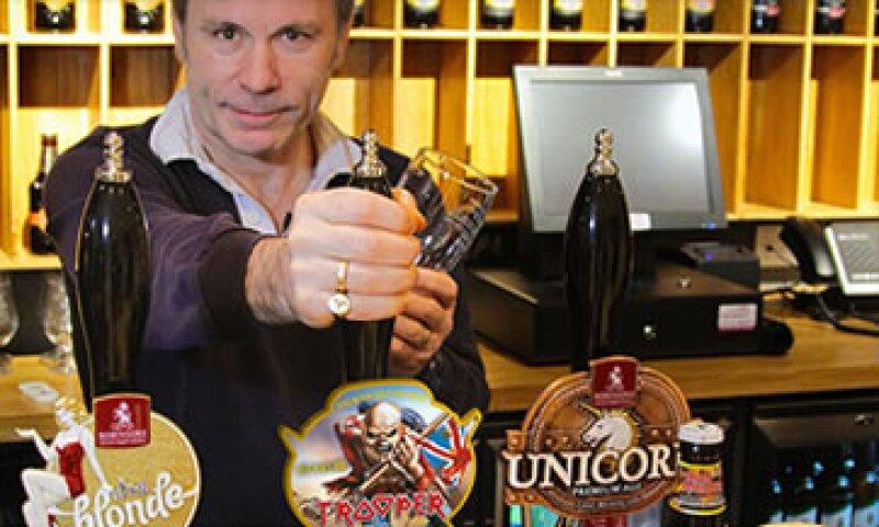Bruce Dikinson se ha aventurado en otros negocios antes de lanzar una cerveza.  (Foto: Cortesía CNNMoney.com)
