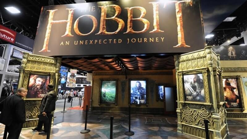 stand de warner brothes sobre the hobbit