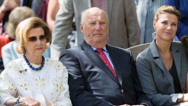 Reina Sonia, rey Harald y la princesa Marta Luisa