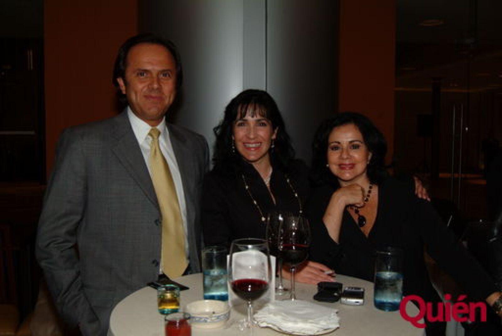 Carlos Pruneda, Janet Álvarez-Miranda, María del Carmen Gaxiola