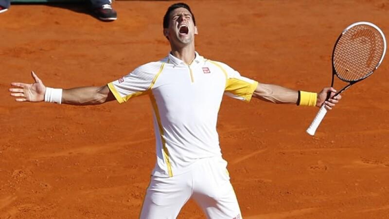 Novak Djokovic gana en Monte Carlo