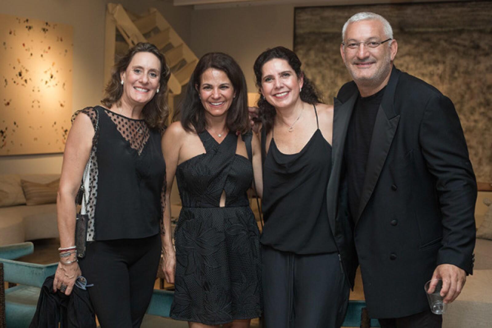Adriana Santos,Denisse Levy,Mónica Saracho y Elías Levy