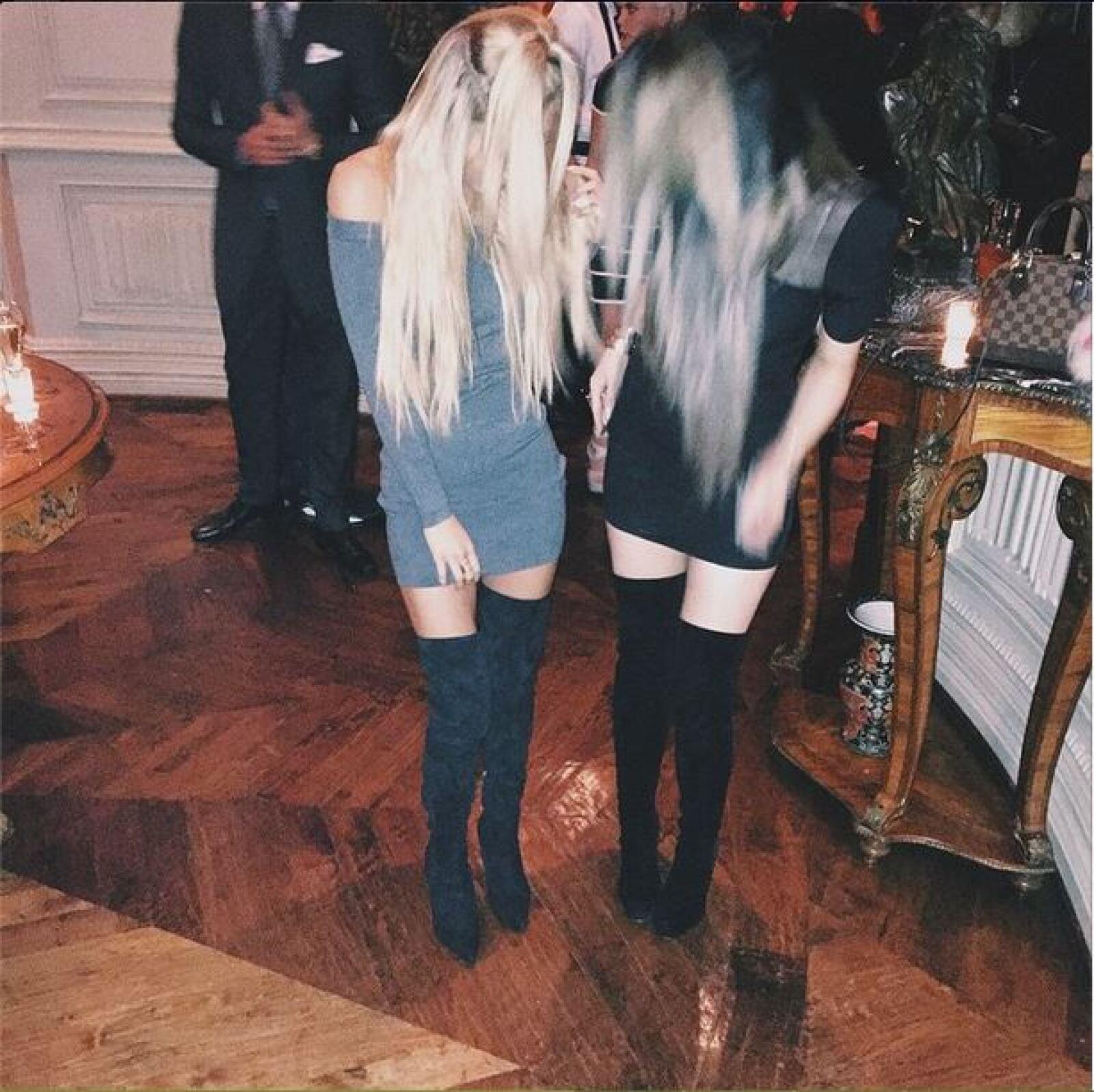 Kylie se divirtió con el look similar de una de sus amigas.