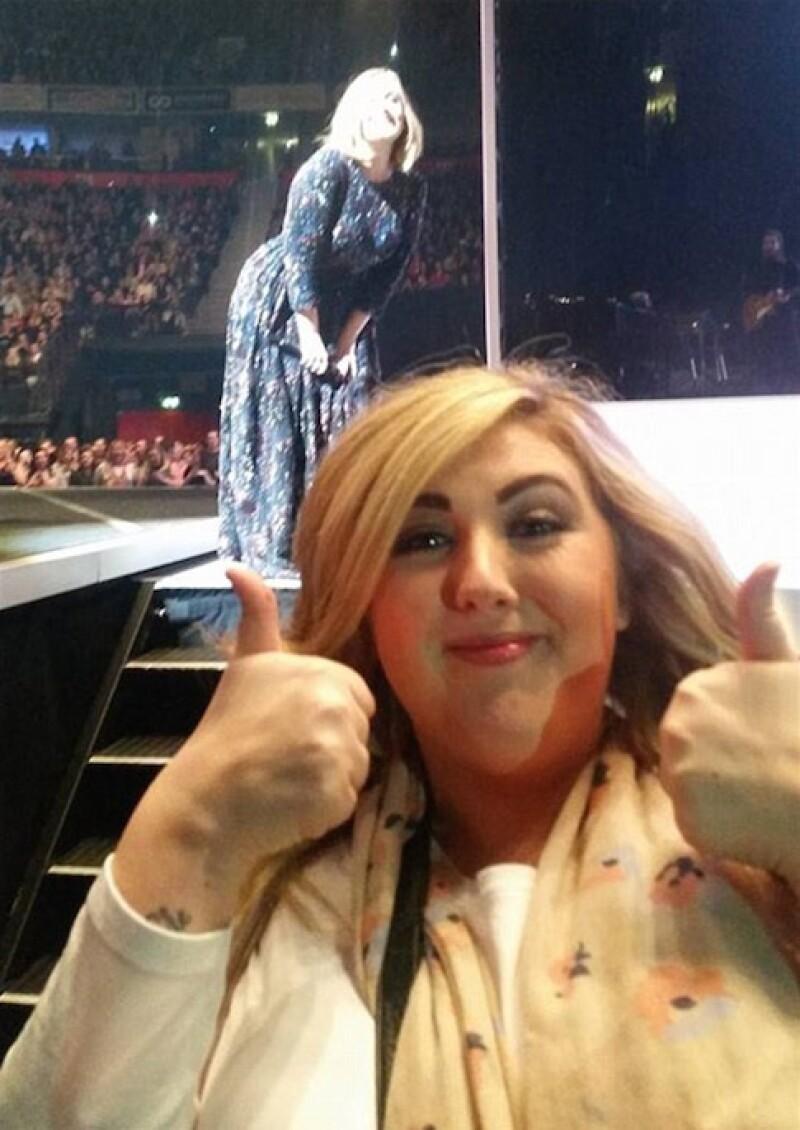 Kerry no podía creer la reacción de la cantante.