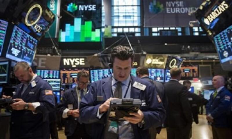 El Dow Jones gana 0.15%, mientras que la Bolsa mexicana sube 0.03%.(Foto: Reuters )