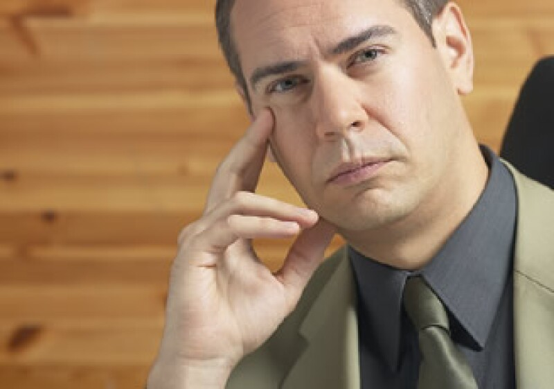 Si tu rostro es alargado, evita dejarte las patillas largas. (Foto: Jupiter Images)