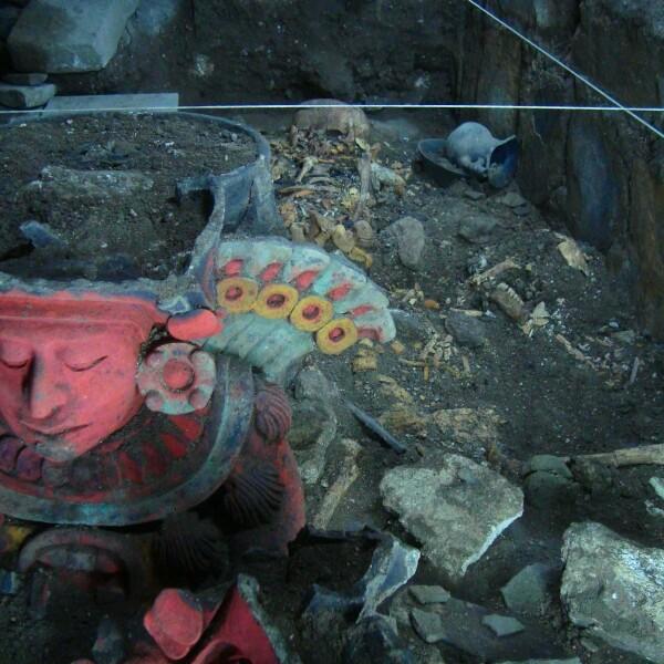 Vasija Zapoteca Monte Albán Oaxaca efigie 8 Temblor