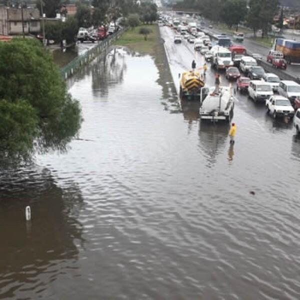 lluvias aguas negras Valle de Chalco