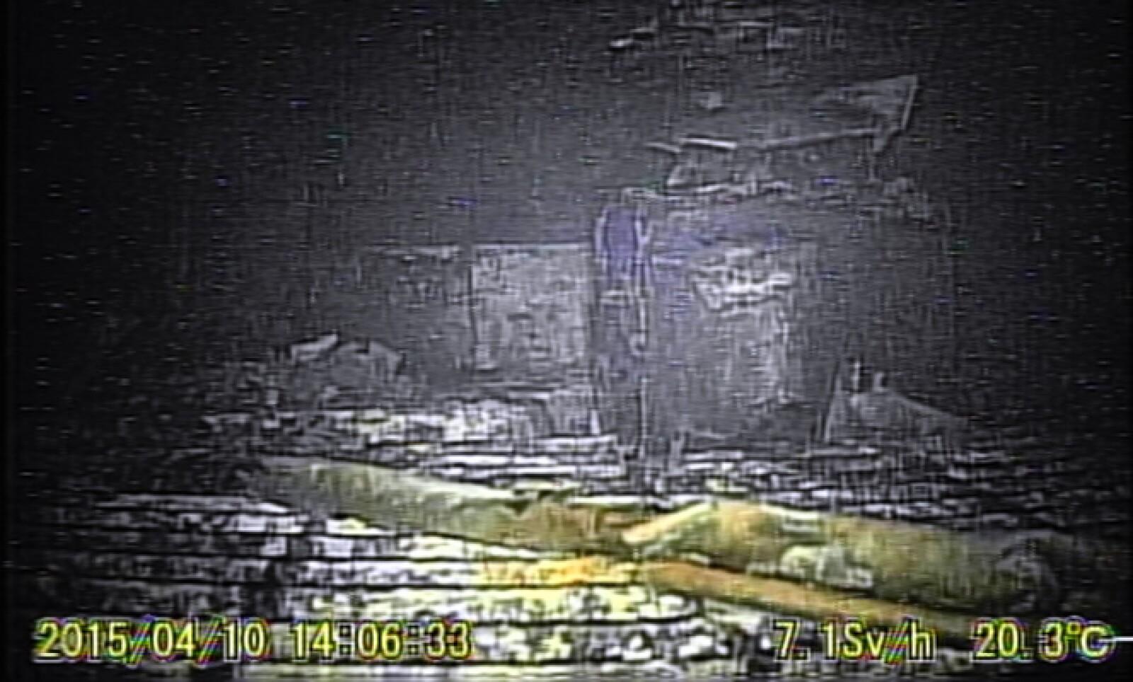 El robot permitió medir la radiactividad dentro del recinto de confinamiento que, según Tepco, va de unos 6 sieverts/hora a cerca de 25 sv/h.