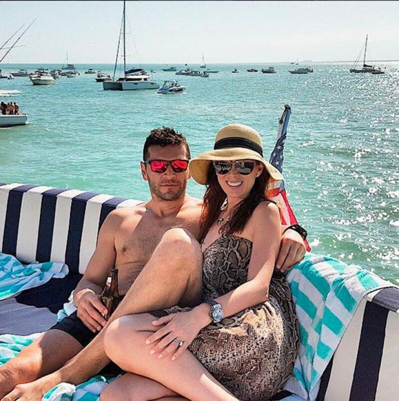 La pareja aprovechó la Semana Santa para consentirse junto a amigos como Alessandra Rojo de la Vega y Emmanuel Grey.