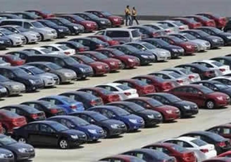 La participación de GM en el mercado chino asciende a 13%, mientras que en EU acapara el 19%. (Foto: Reuters)