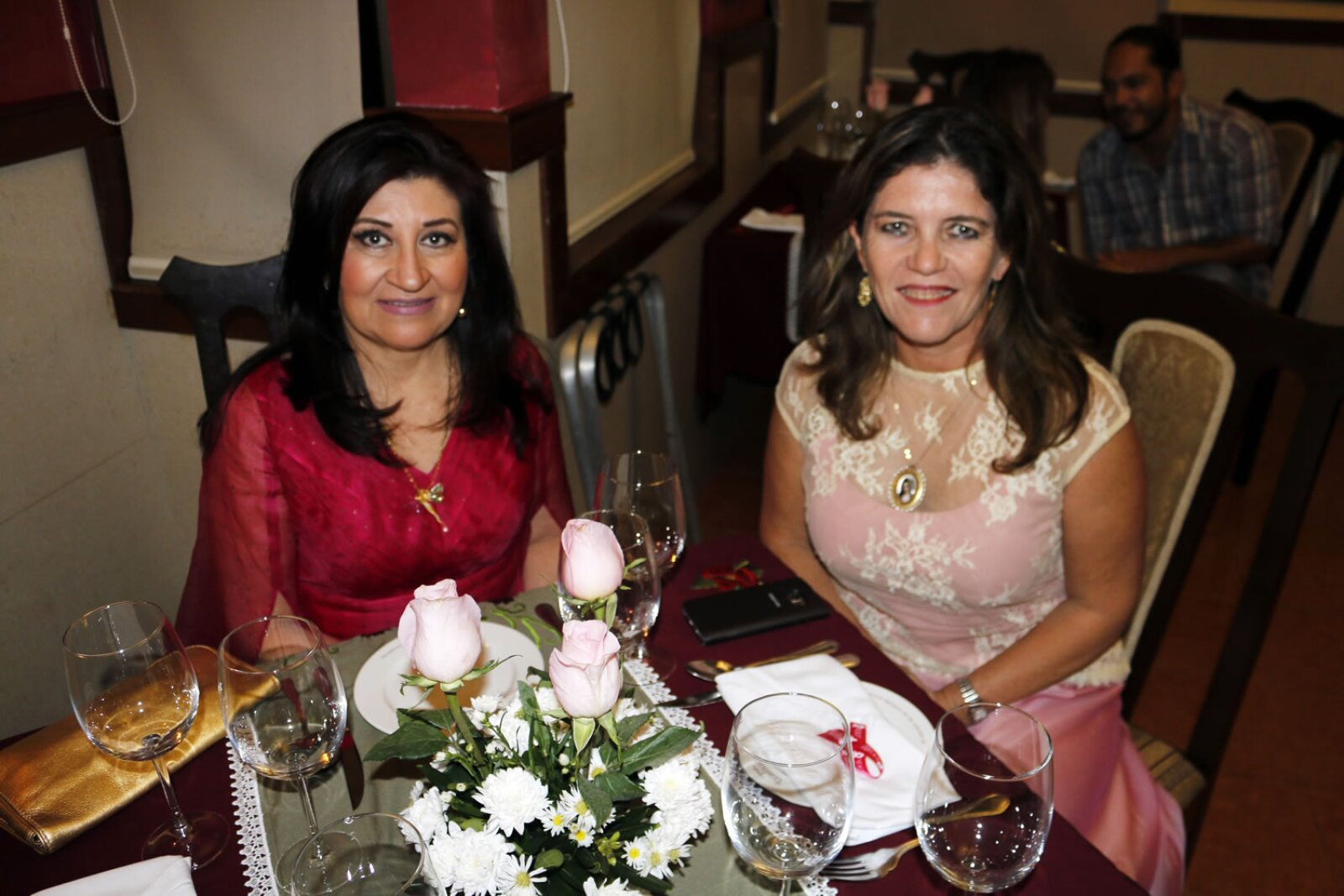 Cena Rosa de Gala en LA TRADICIÓN de Mérida