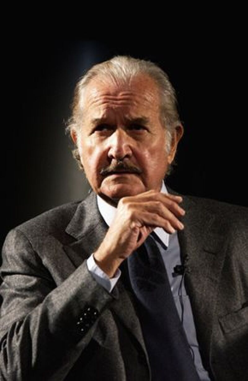 El escritor, quien recientemente cumplió 80 años, confesó tener un cajón con varias novelas por publicar.