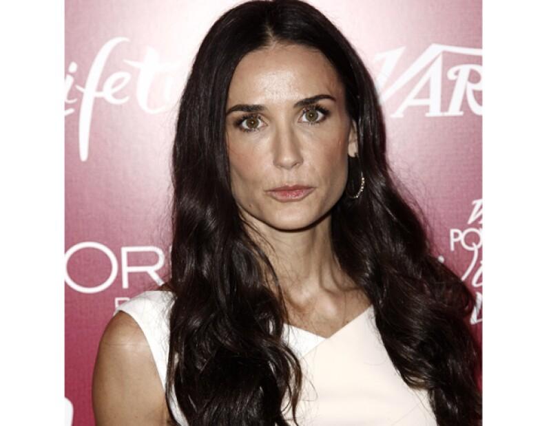 La actriz estadounidense entró en depresión al enterarse de que su ex marido tiene una nueva relación amorosa con la actriz Mila Kunis.