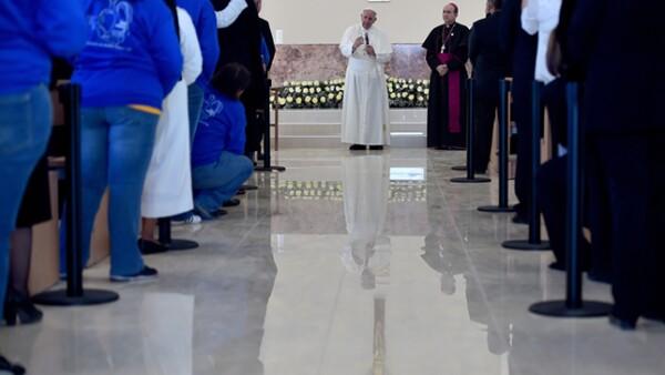 """El pontífice advirtió que es necesario crear """"un sistema de salud social"""" para evitar que las personas cometan delitos."""