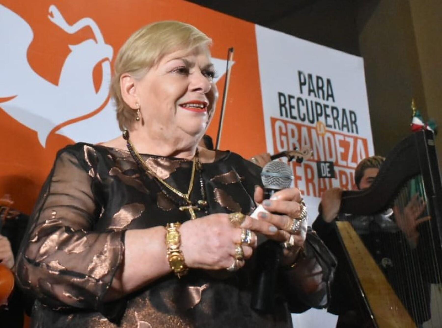 Paquita la del Barrio busca ser candidata a diputada de Veracruz por el  partido Movimiento Ciudadano