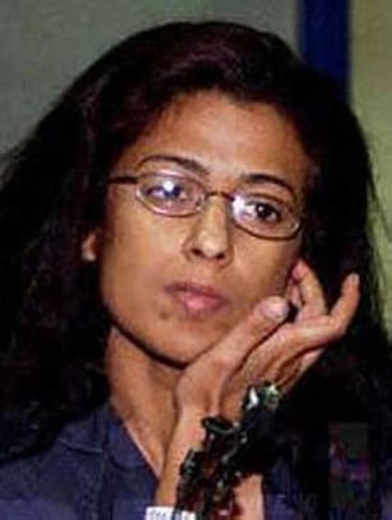 Maha a-Sudairi, esposa del Príncipe heredero petrolero Nayel Ben Abdel Aziz, disfruta no pagar pues esta no es la primera vez que lo hace.